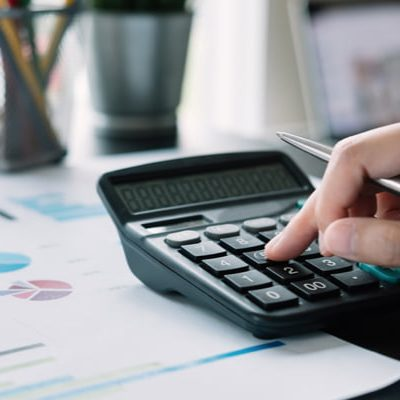 7 REASONS YOUR SMALL BUSINESS NEEDS A TAX ACCOUNTANT